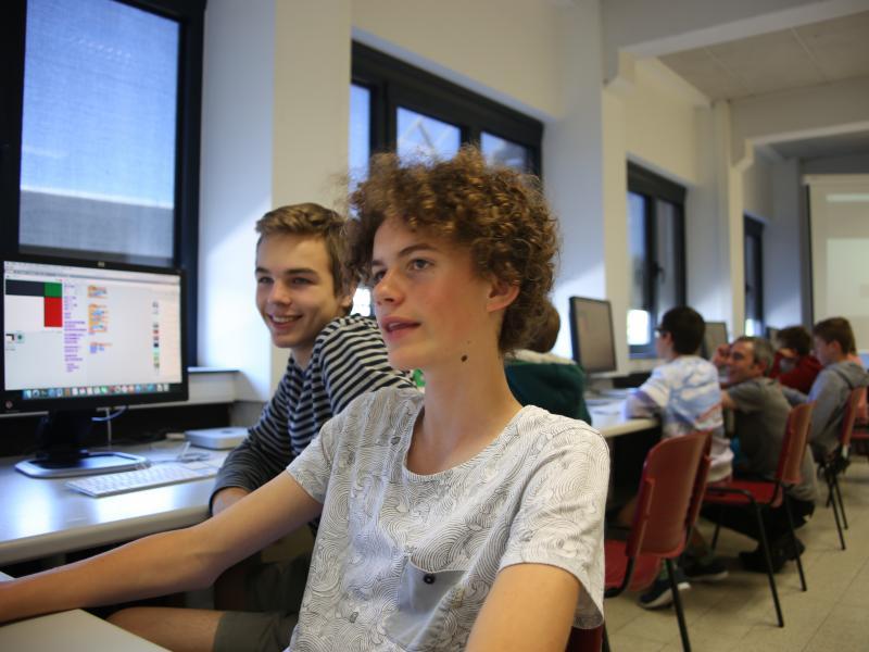 Leer programmeren met CodeFever - DigiHeroes Level 1 (12-15 jaar) © CodeFever